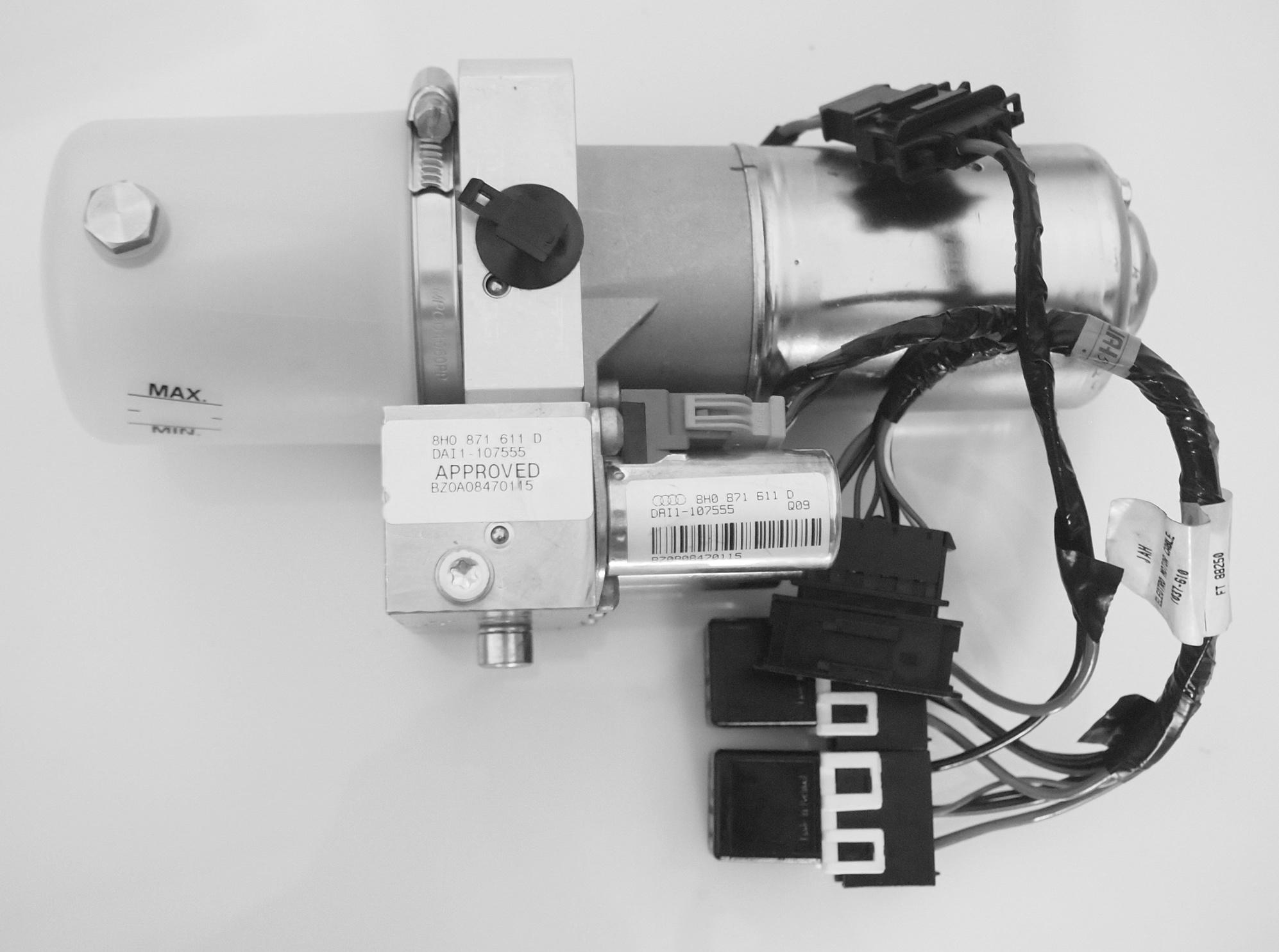 A4 pump with valve block